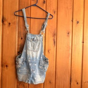 Vintage Light Wash Shorteralls with Daises // M